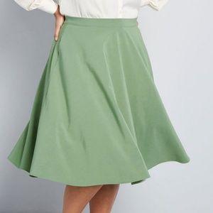 NWOT Modcloth Knee-Length A-line Skirt, Sage, 1X